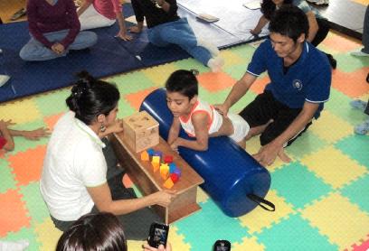 理学療法(エルサルバドル共和国にて)